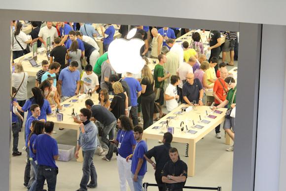 apple-store-i-gigli-inaugurazione-105