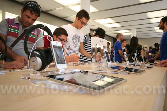 apple-store-via-rizzoli-bologna-inaugurazione-173