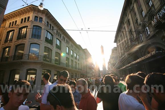 apple-store-via-rizzoli-bologna-inaugurazione-45