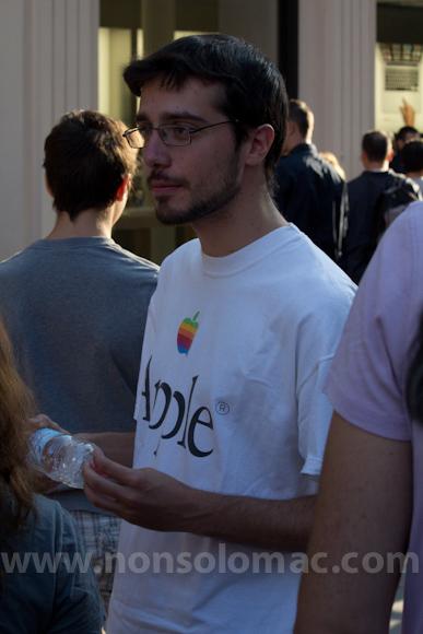 apple-store-via-rizzoli-bologna-inaugurazione-52