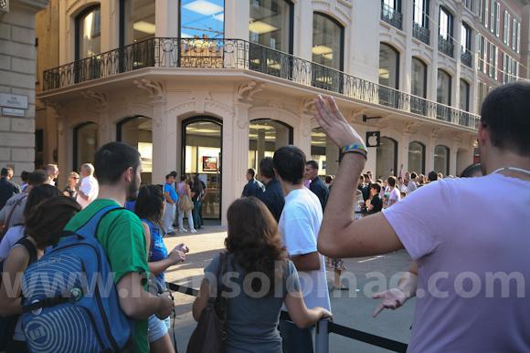 apple-store-via-rizzoli-bologna-inaugurazione-55