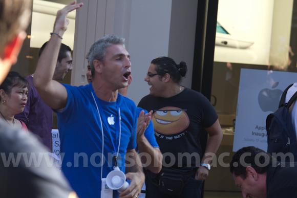 apple-store-via-rizzoli-bologna-inaugurazione-63