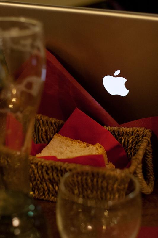 mac-night_people_2011-1