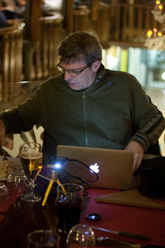 mac-night_people_2011-5