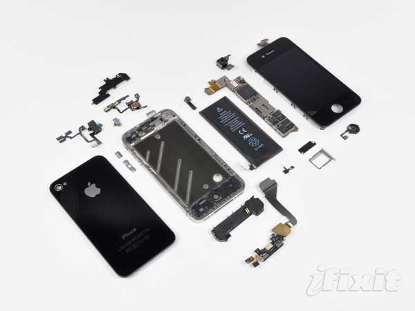 iPhone 4 smontato da iFixit