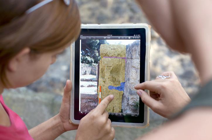 iPad in uso presso gli scavi di Pompei