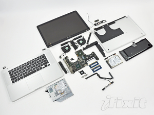MacBook Pro Early 2011 smontato da iFixit