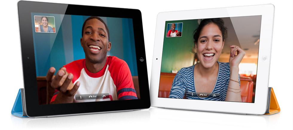 iPad 2 - Bianco e Nero affiancati con FaceTime in corso