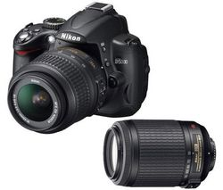 Nikon D5000 in kit con gli zoom 18-55mm e 55-200mm