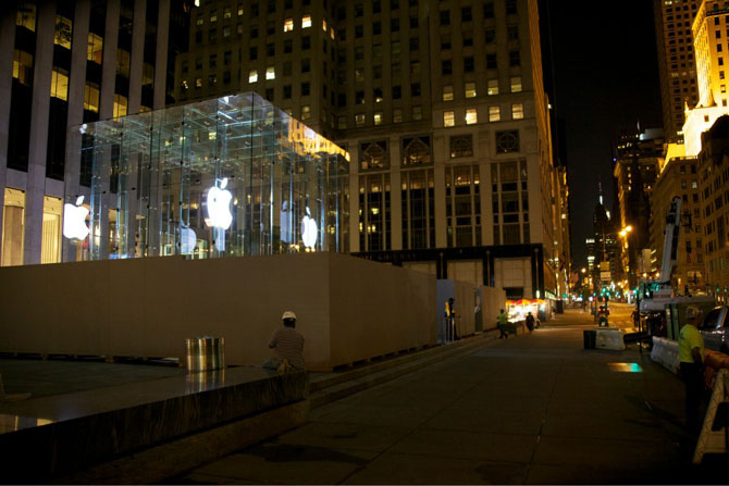 Apple Store 5th Avenue New York - Lavori al cubo di cristallo