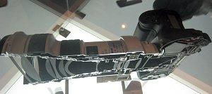 Canon EOS 1Ds + EF 400 mm F/4 DO IS USM Tagliati a metà
