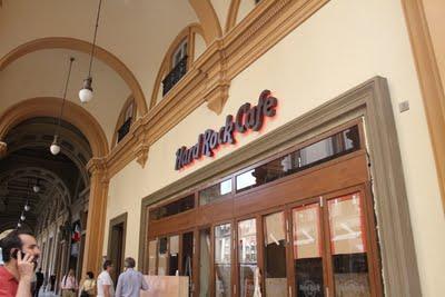 Hard Rock Cafè Firenze - Un Apple Store mancato ! - Apertura il 4 luglio 2011