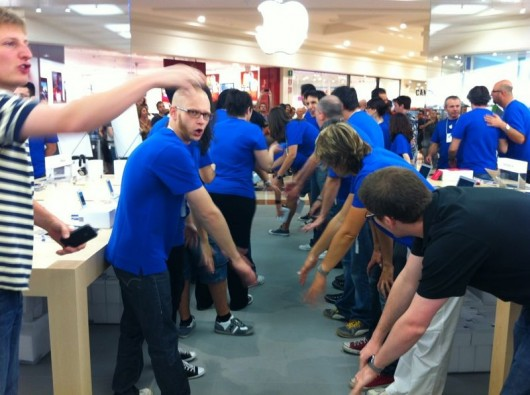 Apple Store Fiordaliso - Apertura
