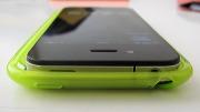 iPhone 5 - Una presunta cover confrontata con l'iPhone 4