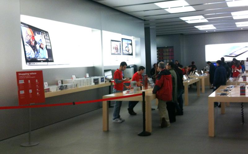 Shopping Veloce presso l'Apple Store I Gigli di Campi Bisenzio (FI)