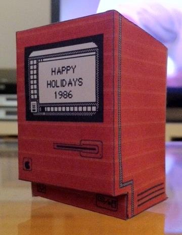 Macintosh di carta da appendere all'albero di Natale