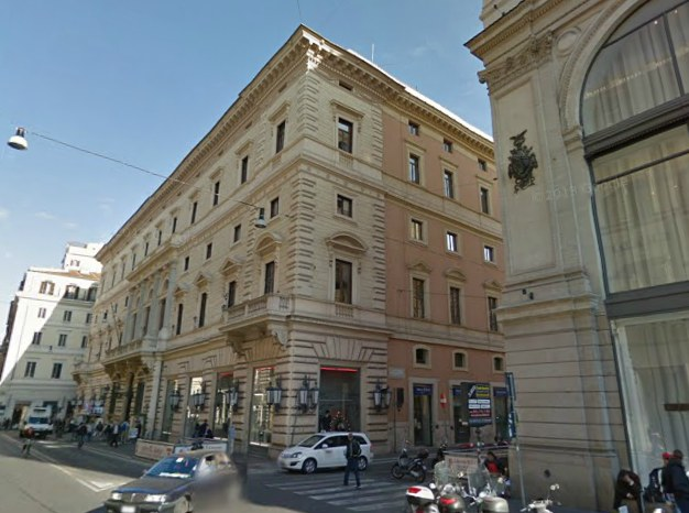 Palazzo Marignoli - Via del Corso - Roma - Probabile location del più grande Apple Store italiano