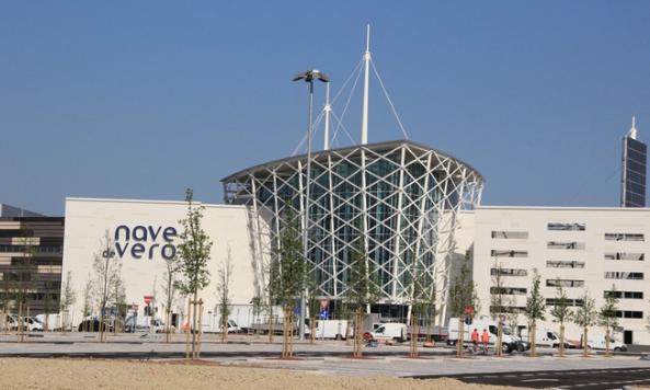 Centro Commerciale Nave de Vero