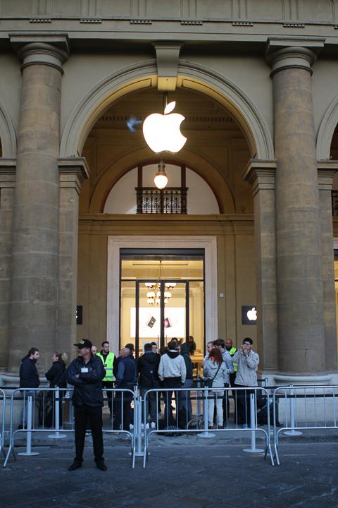 Apple Store Firenze Piazza della Repubblica