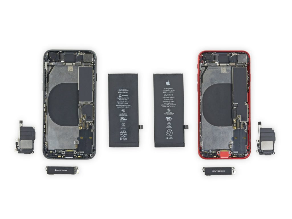 iPhone SE teardown by iFixit
