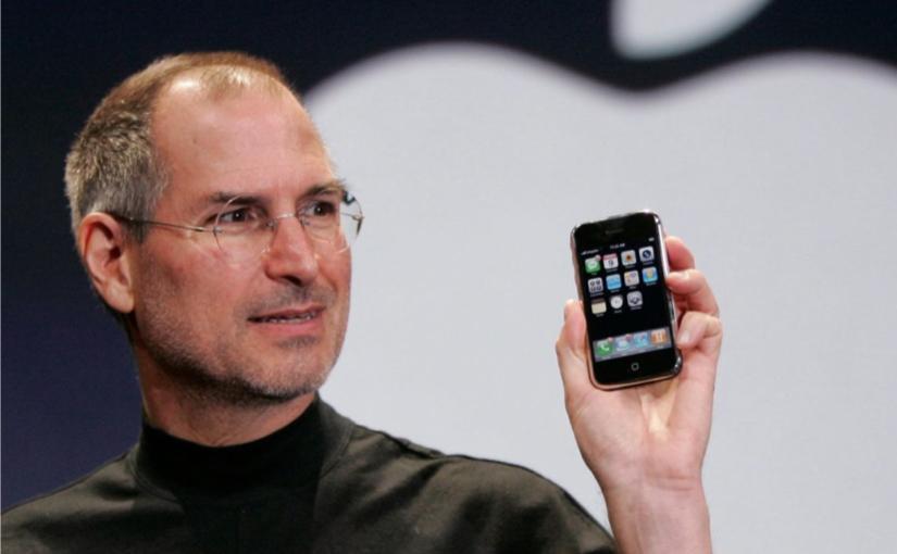 9 gennaio 2007, Apple reinventa il telefono !