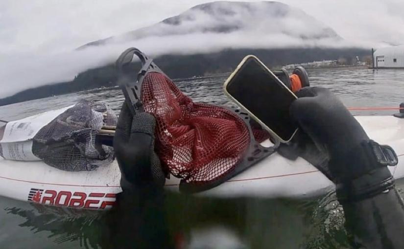iPhone 11 recuperato in fondo ad un lago