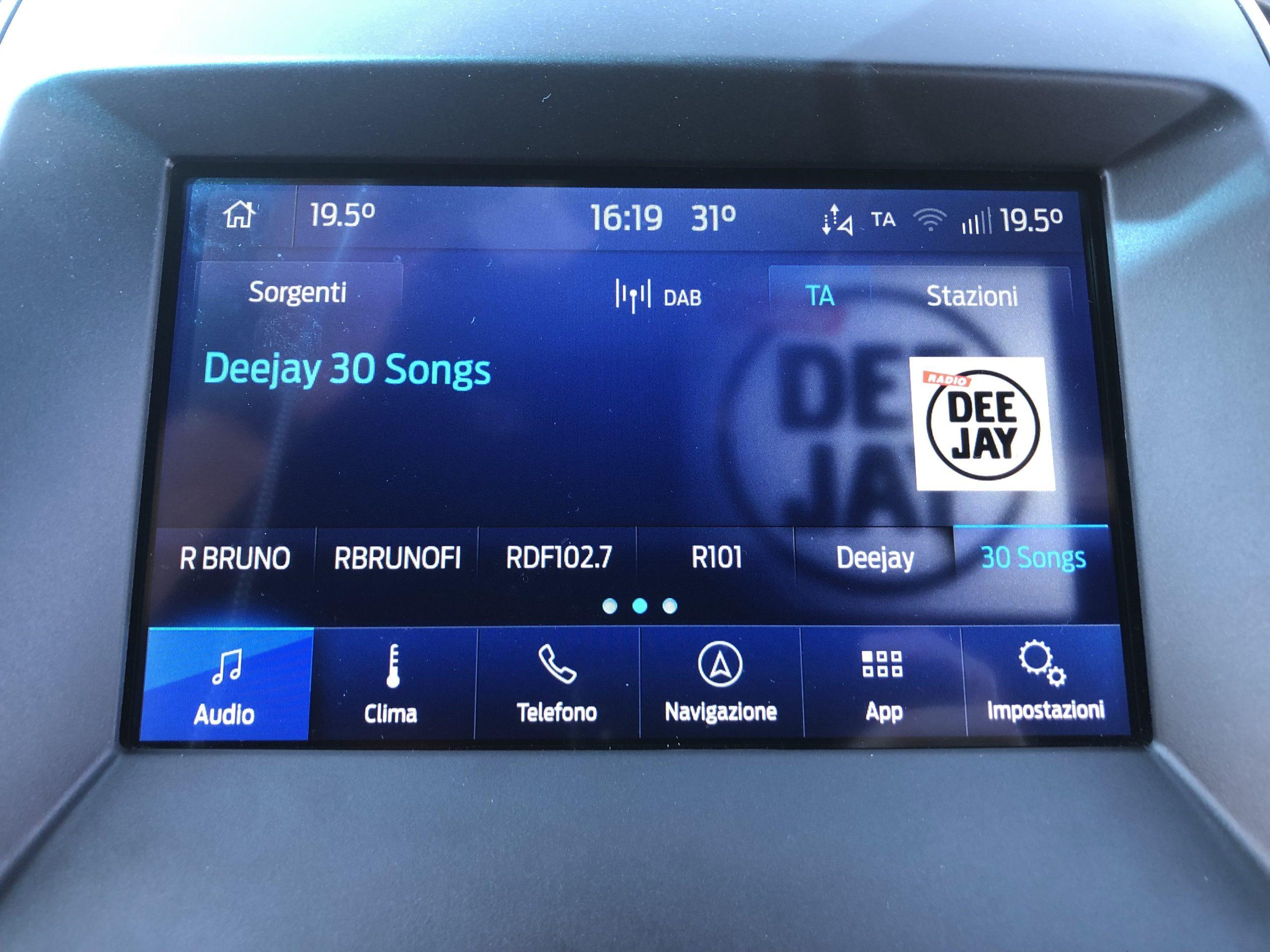 Ford Sync 3.4 - Radio DAB con logo
