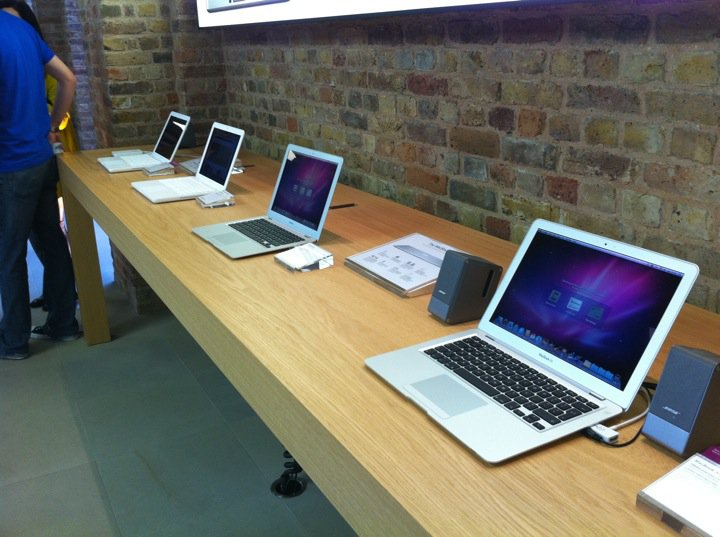 apple-store-covent-garden-15.jpg