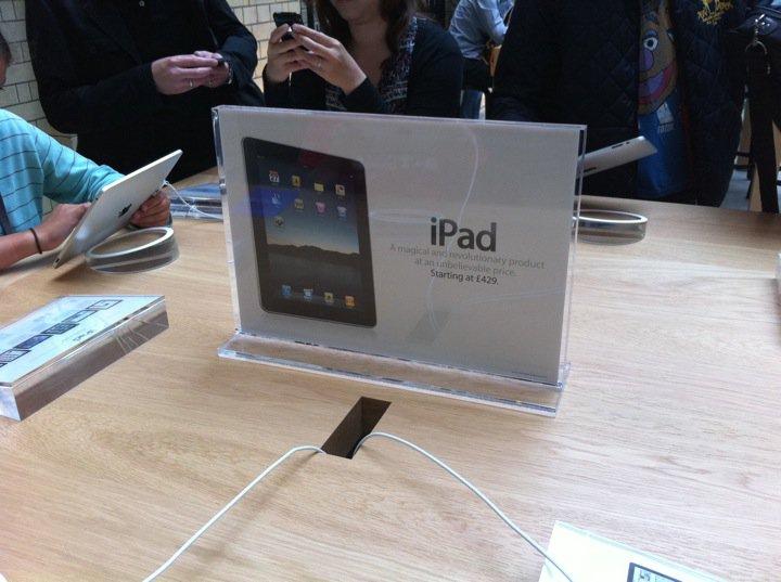 apple-store-covent-garden-17.jpg