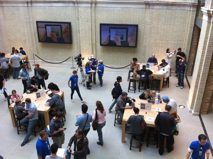 apple-store-covent-garden-19.jpg