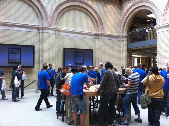apple-store-covent-garden-6.jpg